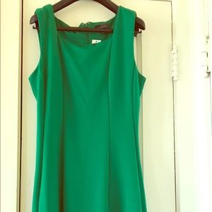 Sleeveless Green Dress - Size Size 6