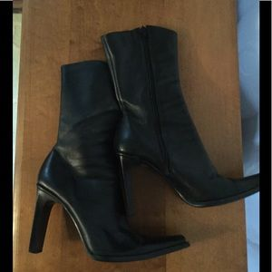 Steve Madden black leather boots sz 9.5