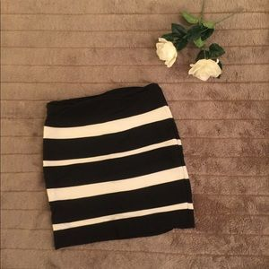 Blk & white skirt