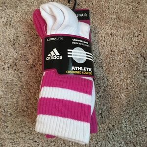 NWT Adidas women's 3-pack pink Climalite socks