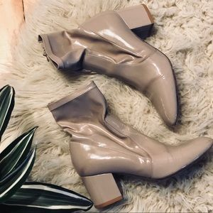 VALENTINO patent leather boot. nude. 36.