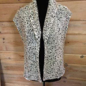 Cute Loft sweater vest