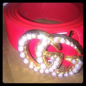 💥Beautiful Gucci Belt with pearl buckle💥