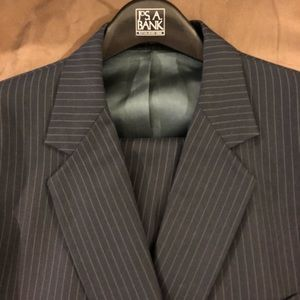 Other - Therrien's Navy w/ Blue Pinstripe Suit 44S Short
