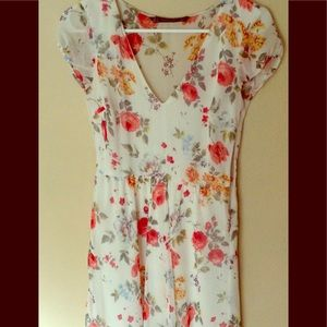 Zara Floral Puff Sleeve Tea Dress S