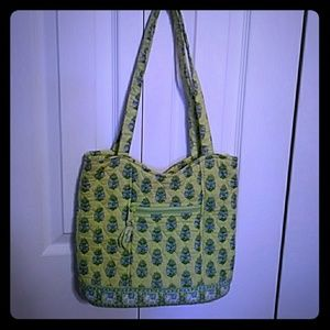 Like new condition, Vera Bradley shoulder bag