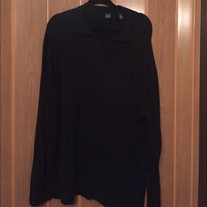 Gently used GAP v-neck sweater