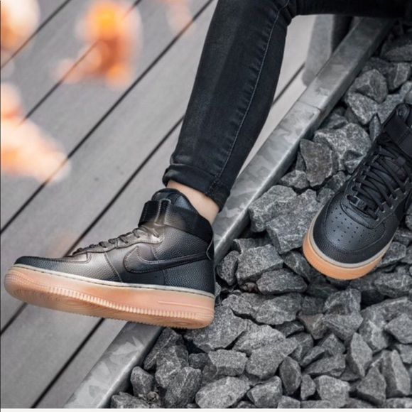 42fb1683e310 🖤HP🖤NWT Nike Air Force 1 special edition