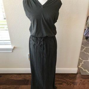 Forever 21 hooded maxi dress drawstring waist