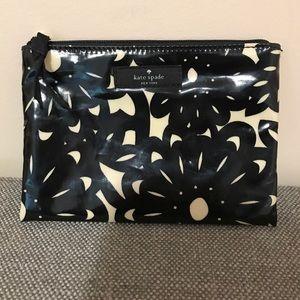 Kate Spade mini pouch
