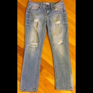 Look! Cute, Cropped, distressed Dollhouse jeans!