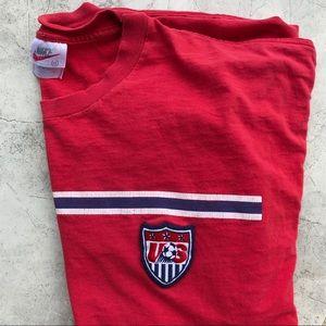 Nike 2000 Vintage US Soccer Tee Off Center Swoosh