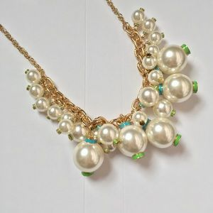 Lilly Pulitzer Pearl gold chain statement necklace