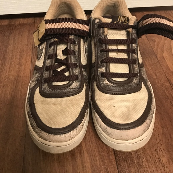 Old fashion brown Nike s 0301a846795d