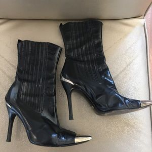 Dolce & Gabbana Black Pointed Gold Toe Boots