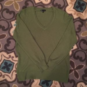 Gap Green V-neck Sweater