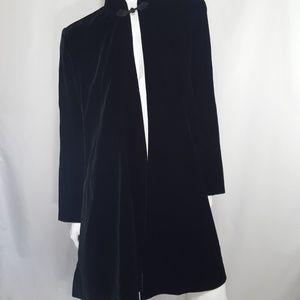 Vintage black velvet Cape Swing Coat L