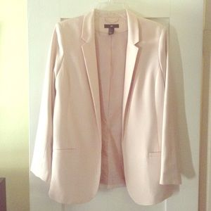 Soft pink chic blazer