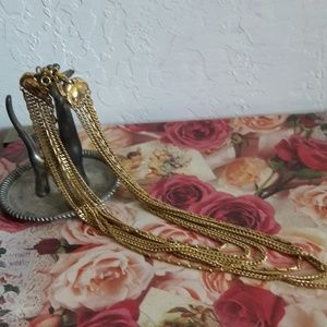 Goregous gold necklace