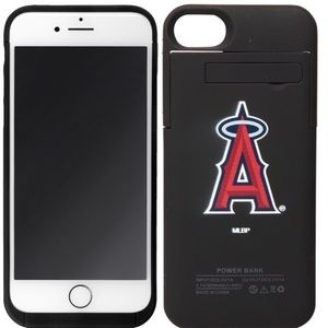 Angels IPHONE 7 boost charging case.