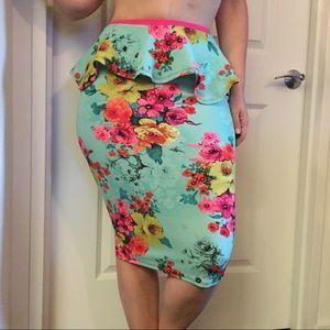 Colorful floral skirt (10-12) medium