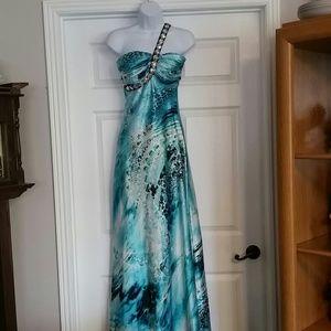 Deb size 7-8 prom dress