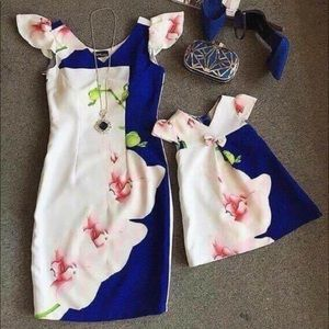 Matching daughter and mother dresses
