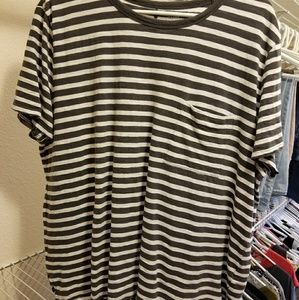 Old Navy t-shirt. XL