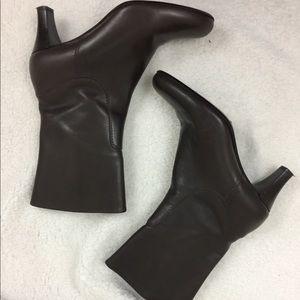 Cole Haan Country Mid Calf 7 brown heel boots