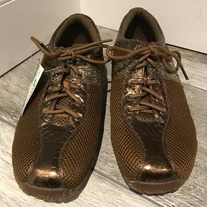 New Power of Essentials brown mesh shoes. Size 10