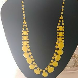 16 inch yellow carbona beed neclace