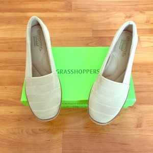 Grasshopper, Pearl Wedge Stone, Size 8.5M