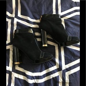 Women's Tory burch booties