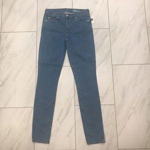Gap 27 Long size 4 light skinny jeans NWT new