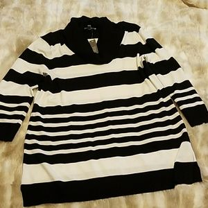 Spense Black & White sweater