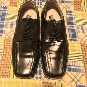 Worn once Stacy Adams dress shoes