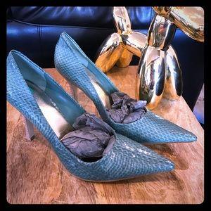 Nine West green snake heels!brand new!!!