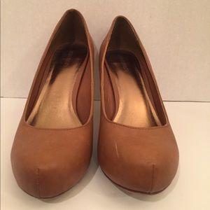 Nine West Cognac Almond Toe Heels