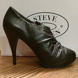 Steve Madden Stilleto Ankle Bootie