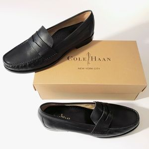 NWT size 8.5 black leather Cole Haan penny loafers
