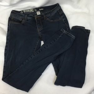 Mossimo Supply Co. Skinny Blue Jean Size Juniors 3