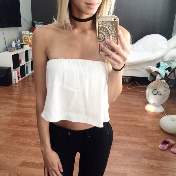 777a034492c9f Brandy Melville Tops - Brandy Melville thin white flowy tube top