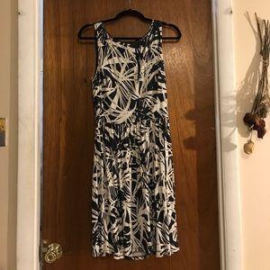 Ann Taylor Loft Sleeveless Elastic Waist Dress S