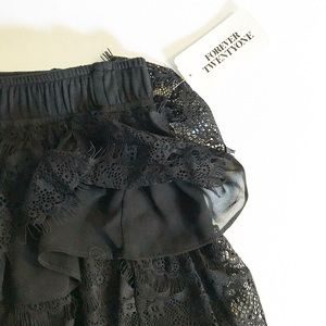 Forever 21 Tiered Lace Skirt Elastic waist NWT S