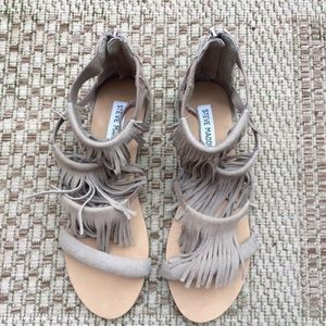 Steve Madden favorit taupe sandals