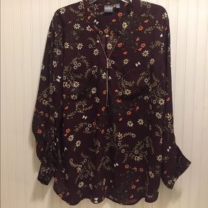 New York and Company plum floral zip front blouse