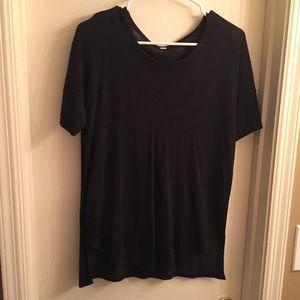 lululemon size 4 navy short sleeved sweater