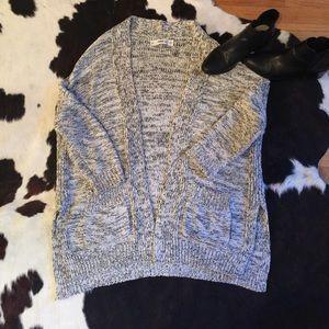 Beautiful ZARA sweater, in perfect condition ✨