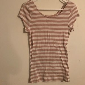 Old navy sz medium T-shirt. Tan and cream stripes