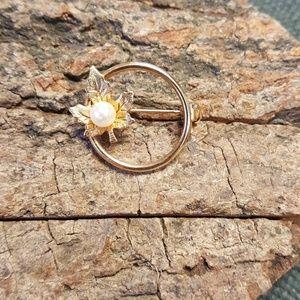 Vintage Gold Tone Pearl Leaf Circle Brooch